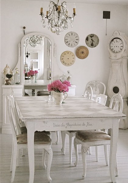 thrift store makeover shabby chic style smile and nod. Black Bedroom Furniture Sets. Home Design Ideas